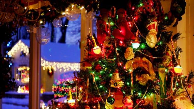 Christmas Events Cincinnati 2020 Christmas lights, trains and Santa: Holiday events in Cincinnati 2019