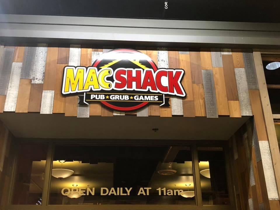 Eat mac and cheese, watch sports and play games at this new pub in Valley West Mall