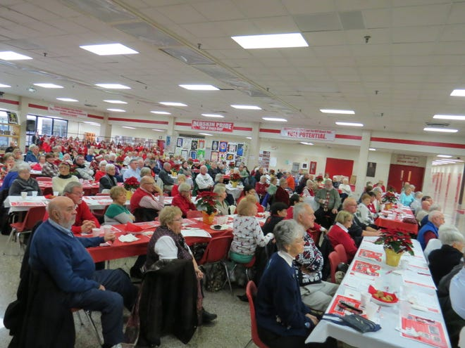 Over 200 guests attended Port Clinton High School's Holiday Breakfast with the Arts. After breakfast, guests enjoyed a concert by PCHS Choirs, Band and Orchestra.