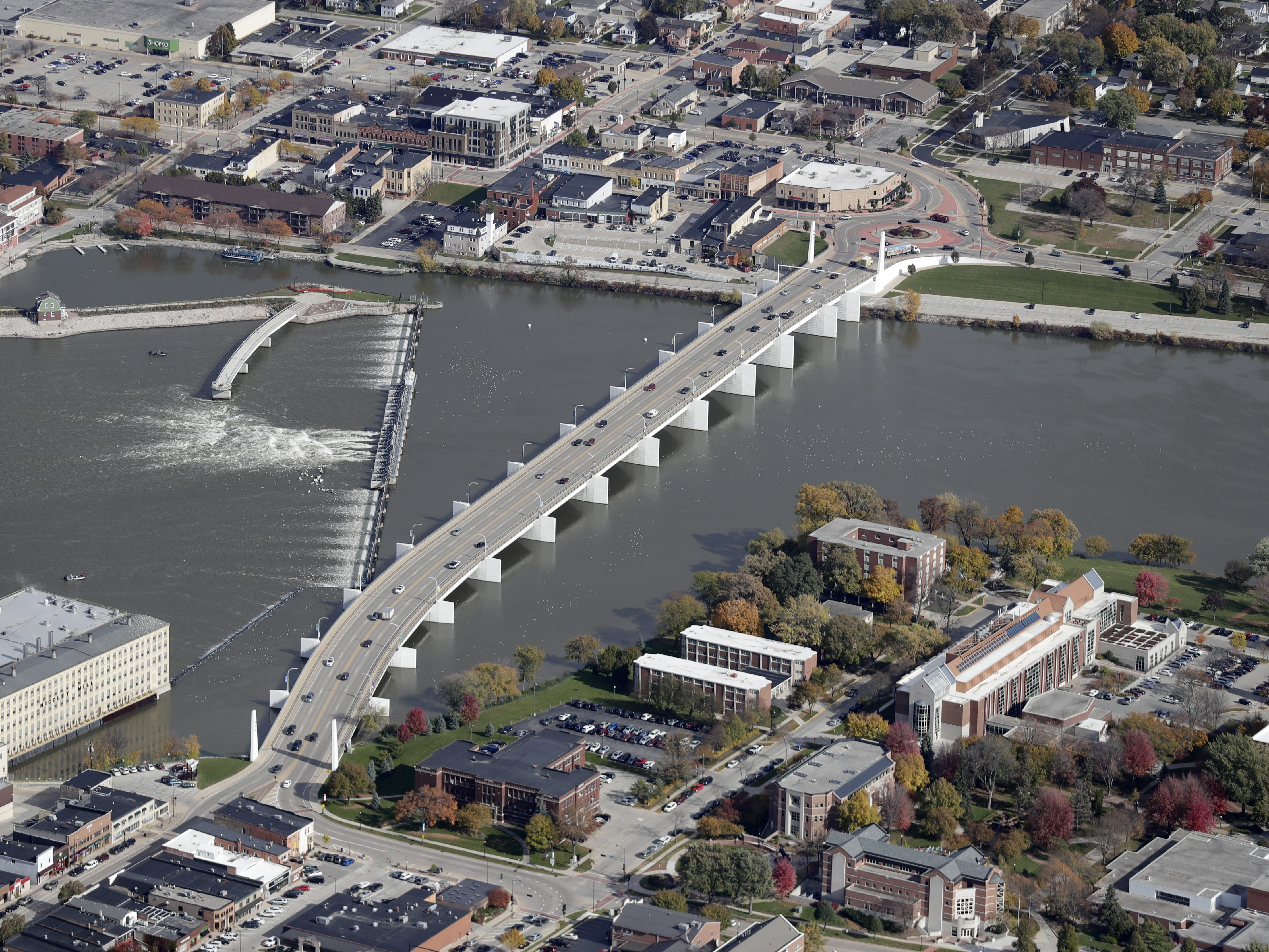 The Claude Allouez Bridge crosses the Fox River in De Pere. St. Norbert College is at lower right.