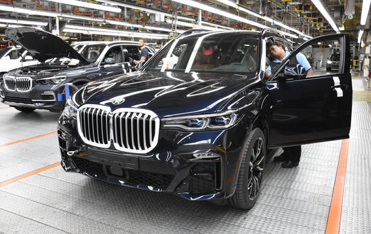 Series production for the new BMW X7 SUV started at the BMW Group Plant Spartanburg in early December 2018.  The BMW X7 will be built alongside the BMW X5 and X6 on the same assembly line.