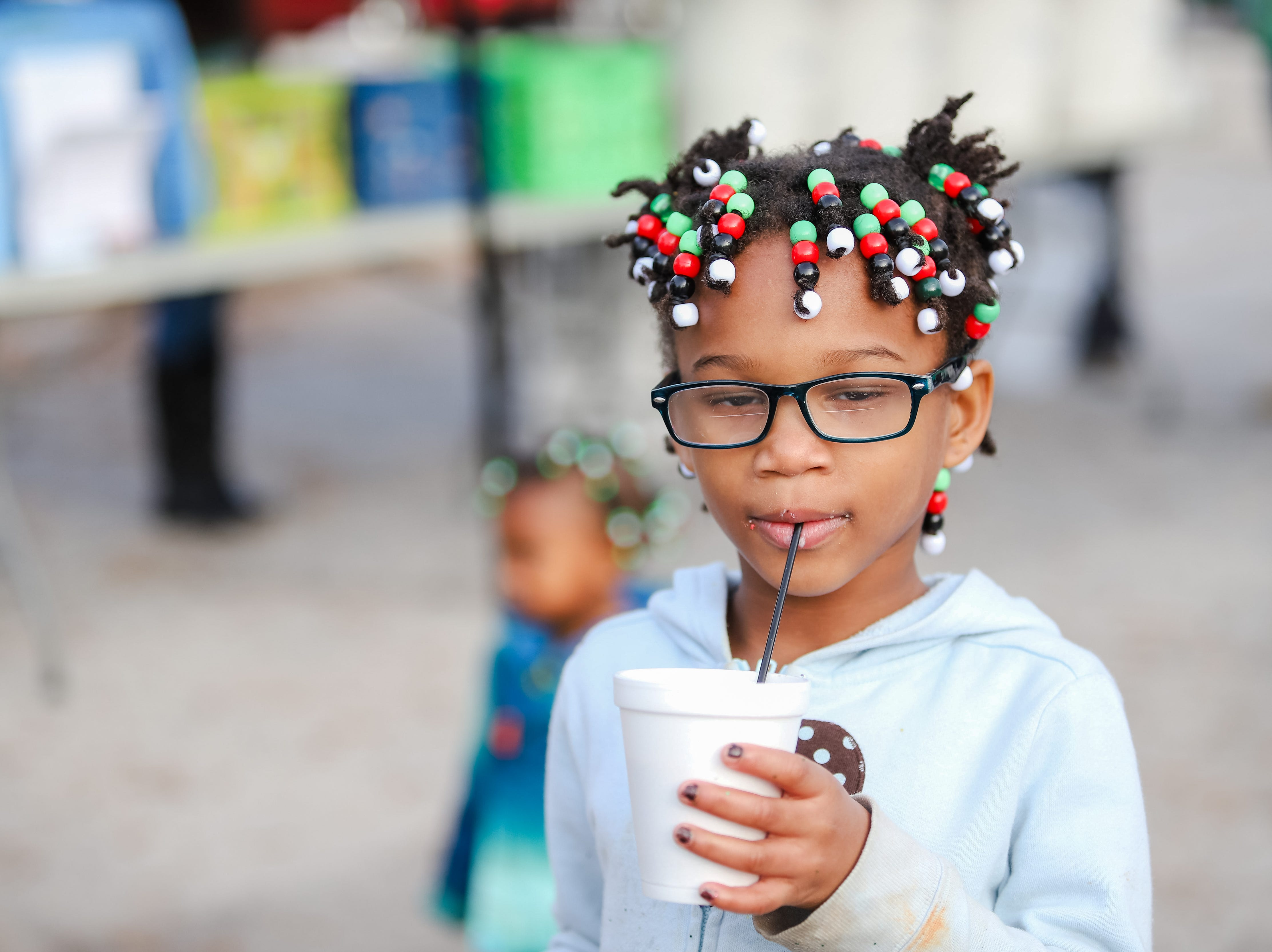 "Molina Healthcare of  South Carolina and Duncan Chapel  Elementary  School  hosted  ""Christmas in the Community; to  get into the season of giving and spread holiday cheer among Greenville residents on Wednesday, Dec. 19, 2018."