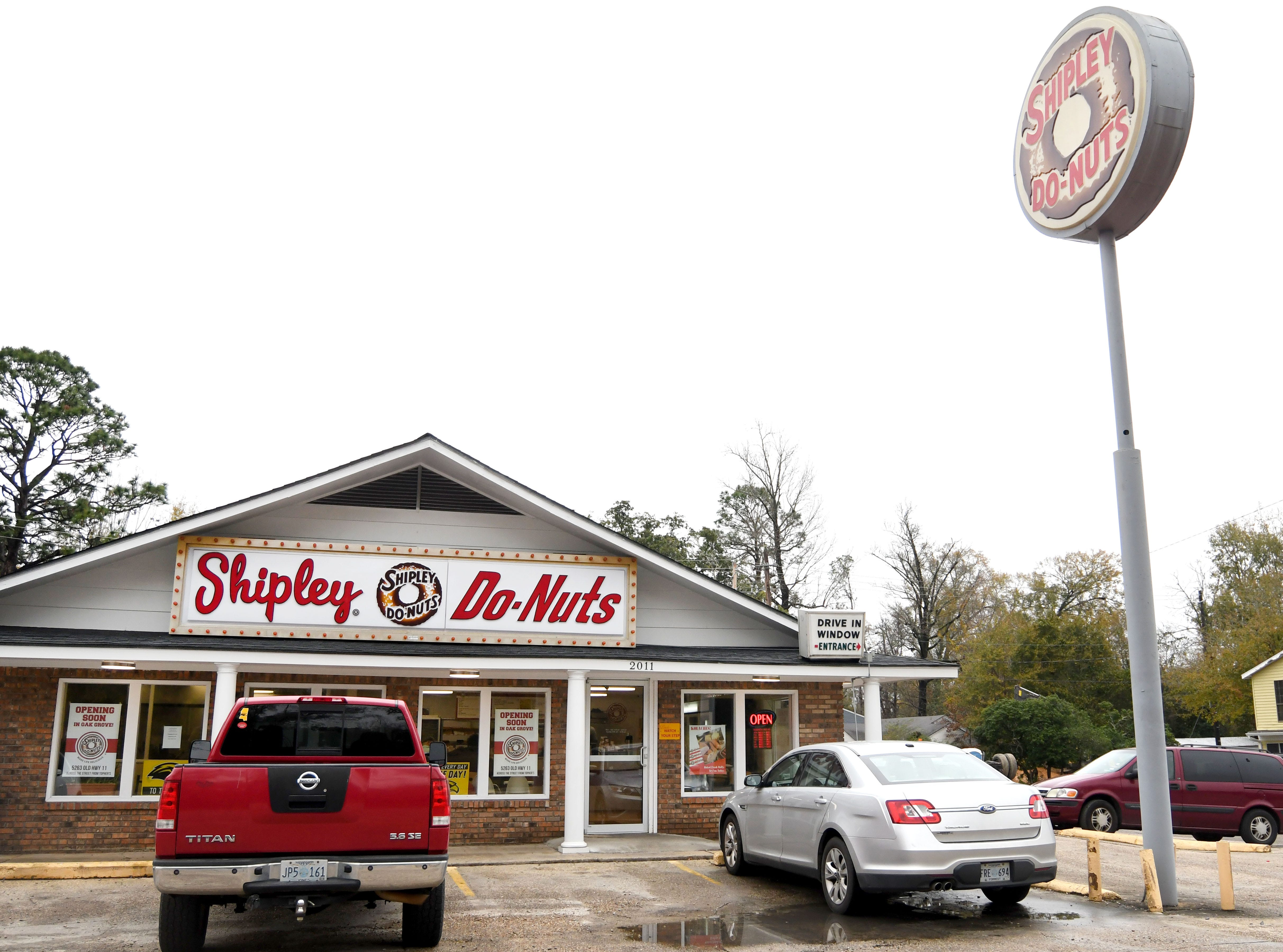 Shipley's Do-nuts will be opening a second location in West Hattiesburg in the spring.