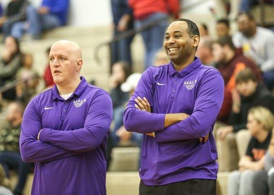 Former Nba And Uk Player Derek Anderson Coaching High School
