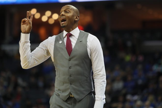 Memphis Tigers Head Coach Anfernee Hardaway yells out to his team as they take on the Arkansas-Little Rock Trojans at the FedExForum on Wednesday, Dec. 19, 2018.