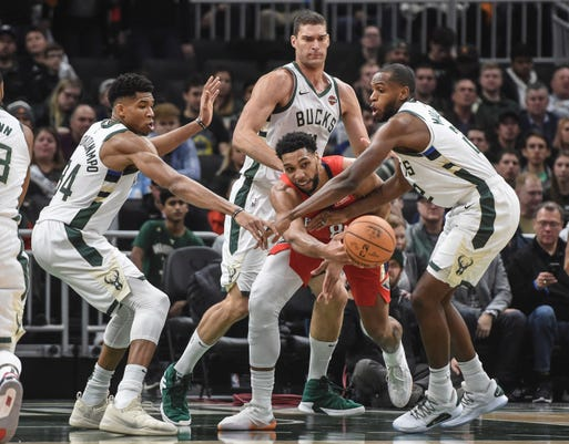 Nba New Orleans Pelicans At Milwaukee Bucks