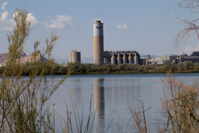 A discharge permit for the Four Corners Power Plant has been withdrawn by a federal agency after its issuance was appealed by five local environmental advocacy groups.