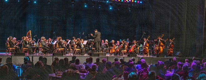 """The Coachella Valley Symphony celebrates its 26th year with a """"Joyous Jubilee"""" fundraiser."""