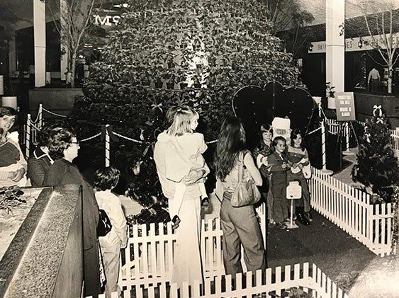 Santa Claus at University Mall, 1977