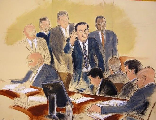 Dibujo que muestra a Joaquín 'Chapo' Guzmán saludando a su esposa Emma Coronel durante su juicio en Brooklyn.