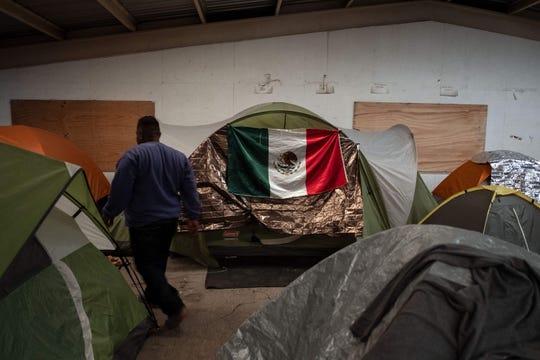 La secretaría de Relaciones Exteriores mexicana dijo que la medida era temporaria y obedecía a razones humanitarias.