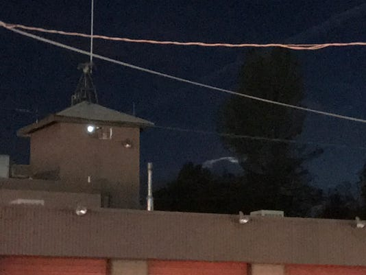 Unknown object in south Redding sky