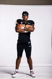 Oregon State linebacker Addison Gumbs played in four games as a true freshman for Oklahoma in 2017.