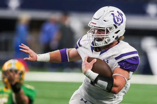 Mason's Klay Klaerner runs the ball during the state final against New Deal on Thursday, Dec. 20, 2018, at AT&T Stadium in Arlington.