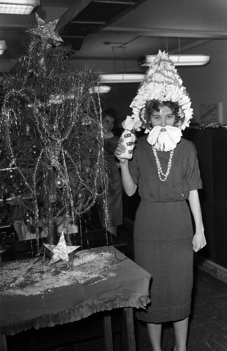 Woman In Tallahassee As Santa 1960