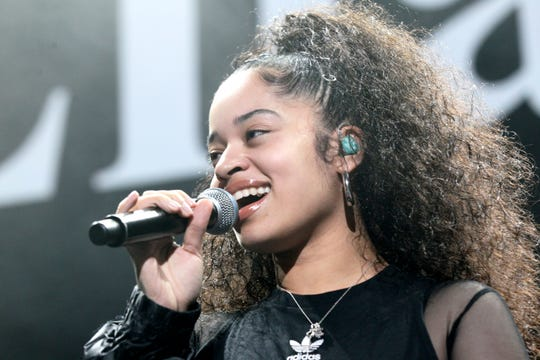 Ella Mai performs at Power 105.1's Powerhouse 2018 at Prudential Center on October 28, 2018 in Newark, New Jersey.
