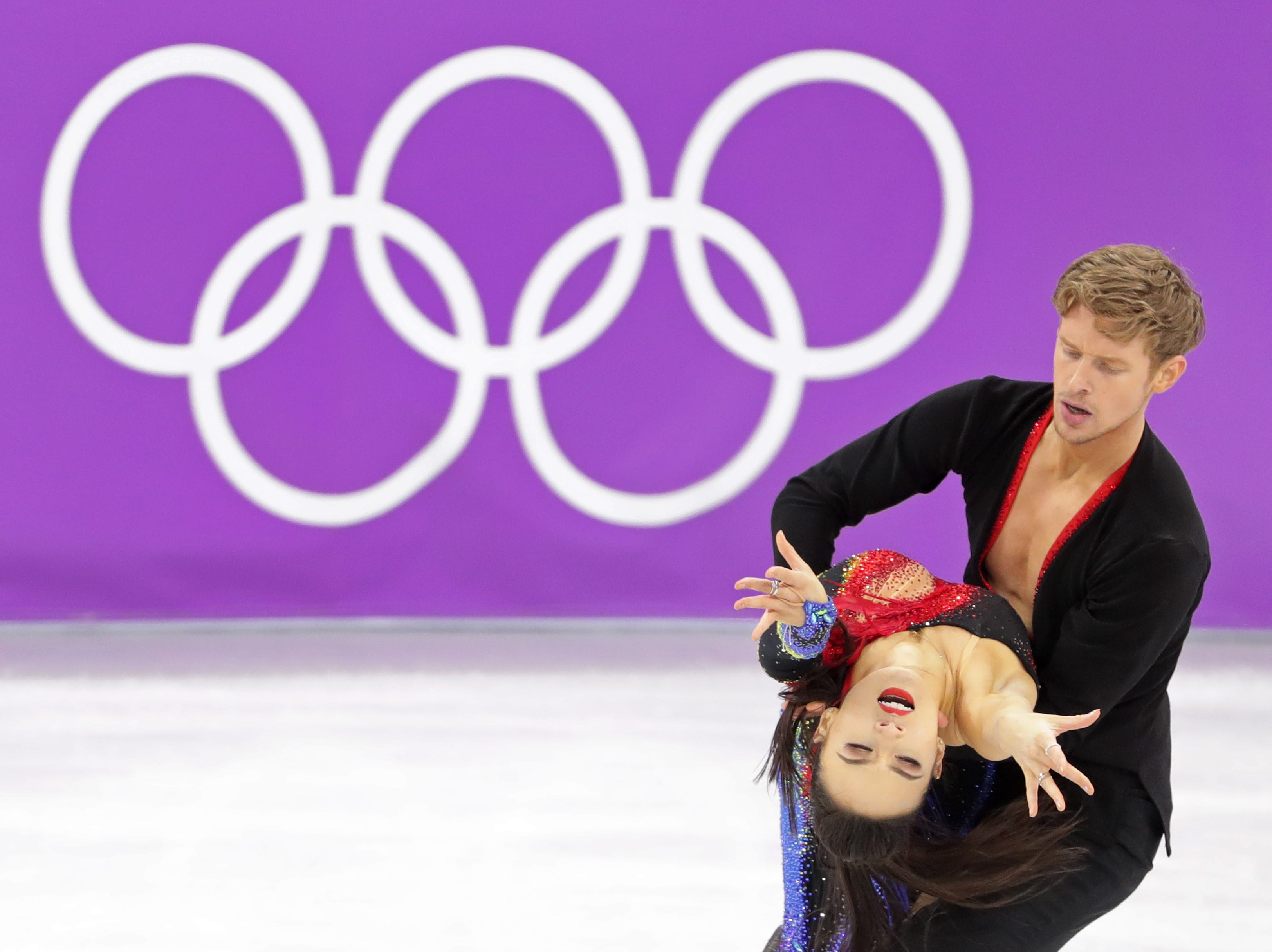 Feb 18, 2018; Pyeongchang, South Korea; Evan Bates and Madison Chock (USA) compete in the Figure Skating-Ice Dance Short Dance during the Pyeongchang 2018 Olympic Winter Games at Gangneung Ice Arena. Mandatory Credit: Dan Powers-USA TODAY Sports