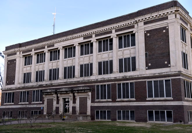 Restoration efforts for Taylor County's 1915 Courthouse may benefit from a grant from the Texas Historical Commission.