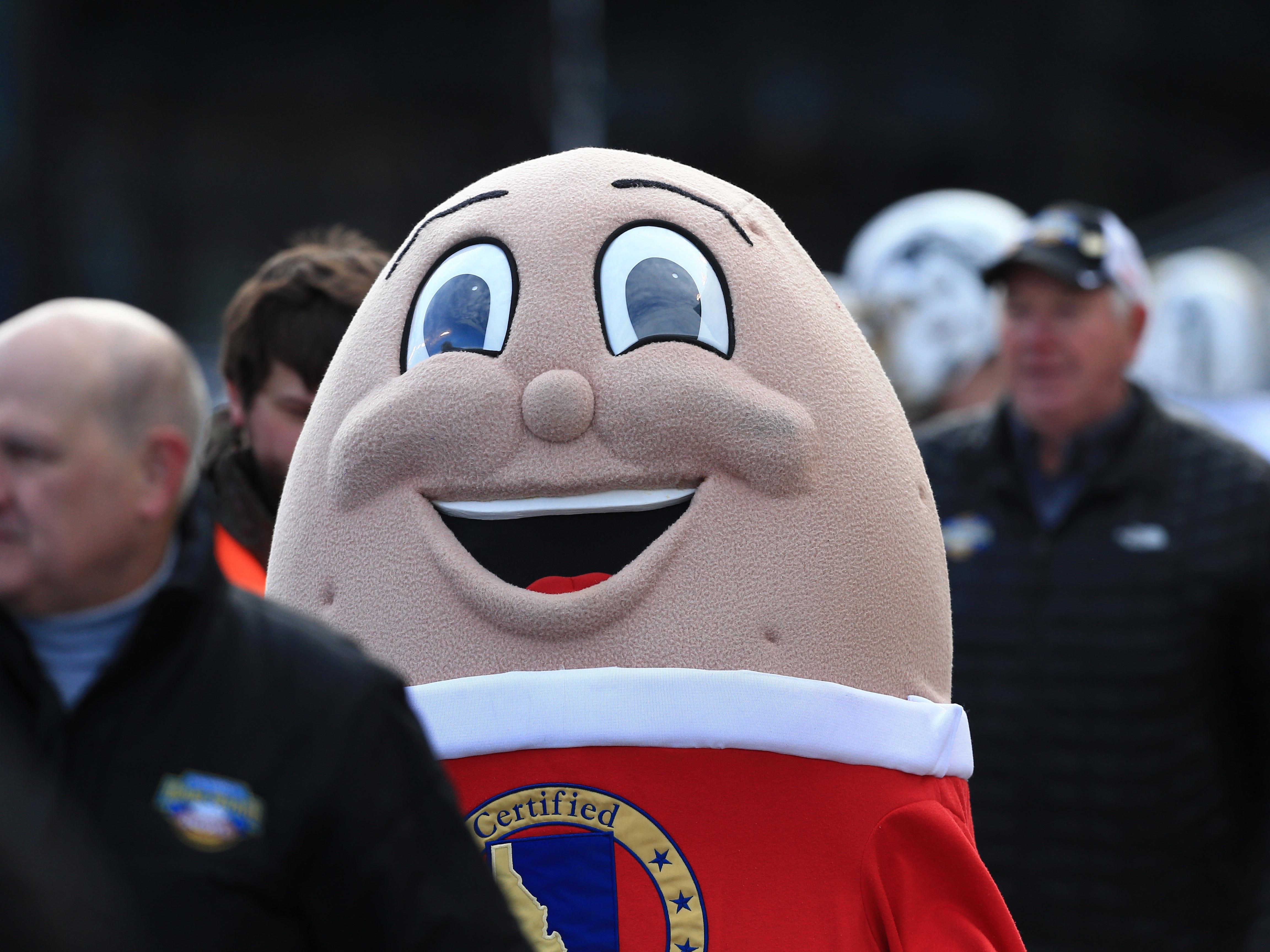 Dec 21, 2018; Boise, ID, United States; Idaho Potato bowl mascot Spuddy Buddy at the 2018 Potato Bowl between BYU and Western Michigan at Albertsons Stadium. Mandatory Credit: Brian Losness-USA TODAY Sports