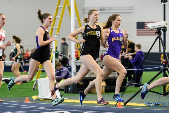 UVM freshman Samantha Sayer competes in an indoor track and field meet.