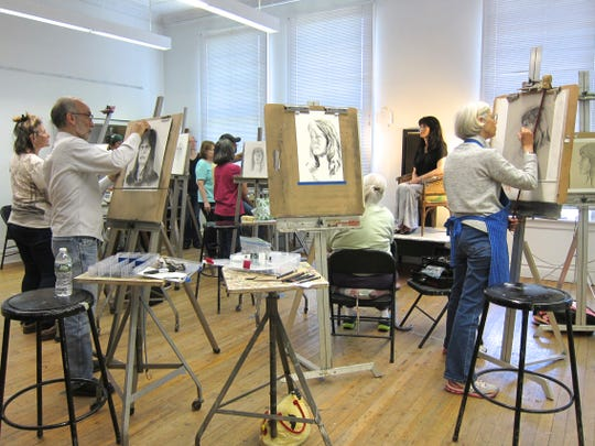 The Center for Contemporary Art has announced its winter schedule of art classes and workshops which begin Monday, Jan. 7, and runs through March.