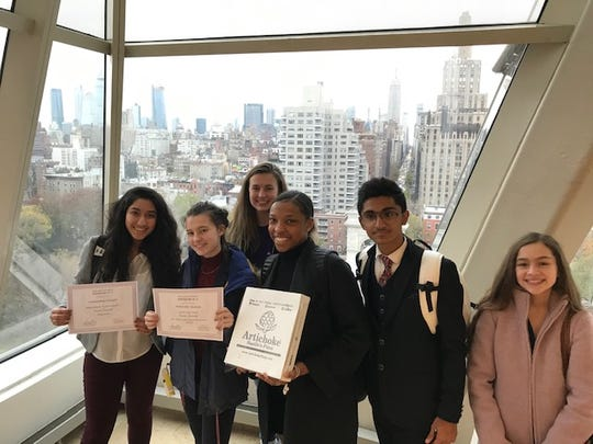 Dazlyn Erachshaw, Camila Fang, Sydney Sweeney, Kelly Lawrence, Pranay Arora and Isabella-Sena Cash show off the W+H Model UN awards at the conference.