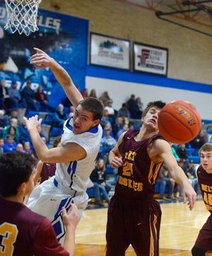 Fairfield Boys' Basketball hosts Belt on Thursday night in Fairfield.