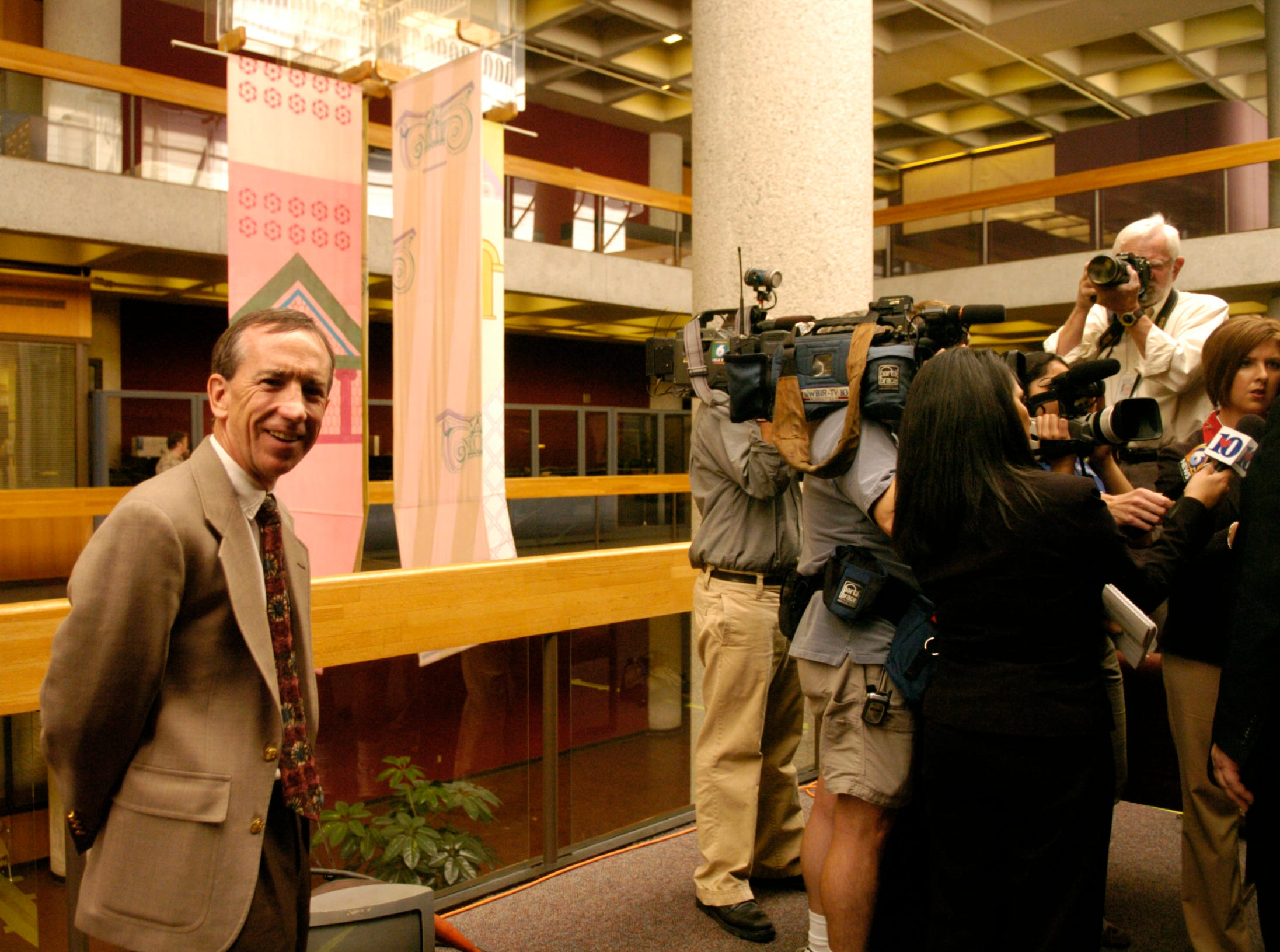 Jurors today awarded News Sentinel Editor Jack McElroy and nine citizens victory against the Knox County Commission by ruling that Knox County commissioners violated the Tennessee Open Meetings Act in Jan. 31 meeting that replaced 12 term-limited officeholders. Tuesday, October 2, 2007