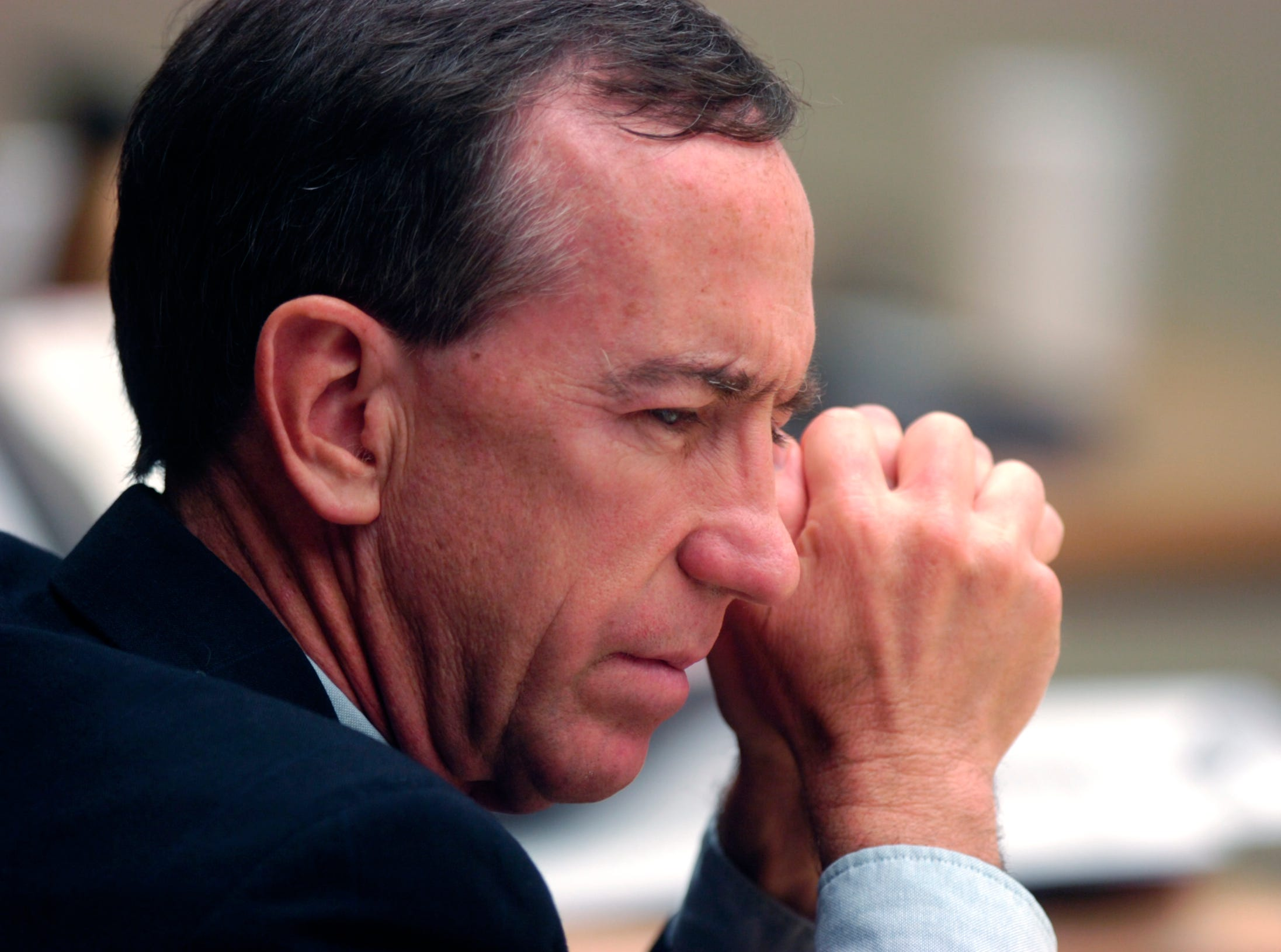 News Sentinel Editor Jack McElroy listens during courtroom discussions Friday in Knoxville. The News Sentinel has sued the Knox County Commission over alleged violations of Tennessee's Open Meetings Act. September, 28, 2007