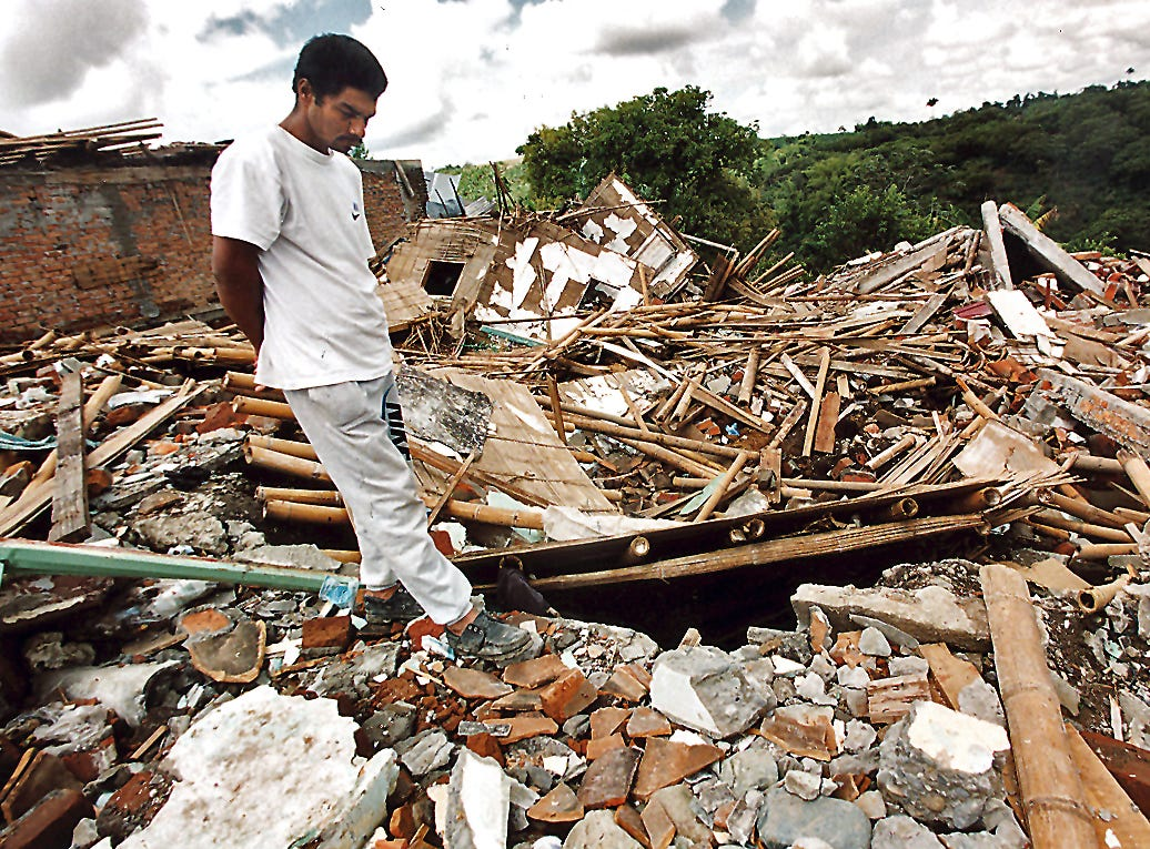 --1999--After a 6.2 magnitude earthquake shook the northwestern coffee-growing region of Colombia. Although two died, Edgar Piedrahita saved the lives of five children buried in the rubble of this neighbors home in Montenegro.  More than 1000 people died and almost 4000 missing after the strongest earthquake to strike Colombia in 16 years.