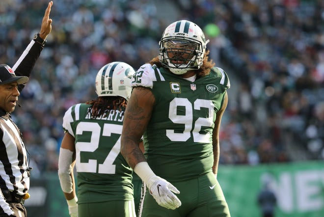 Leonard Williams, of the Jets is shown during the first half. Sunday, November 25, 2018