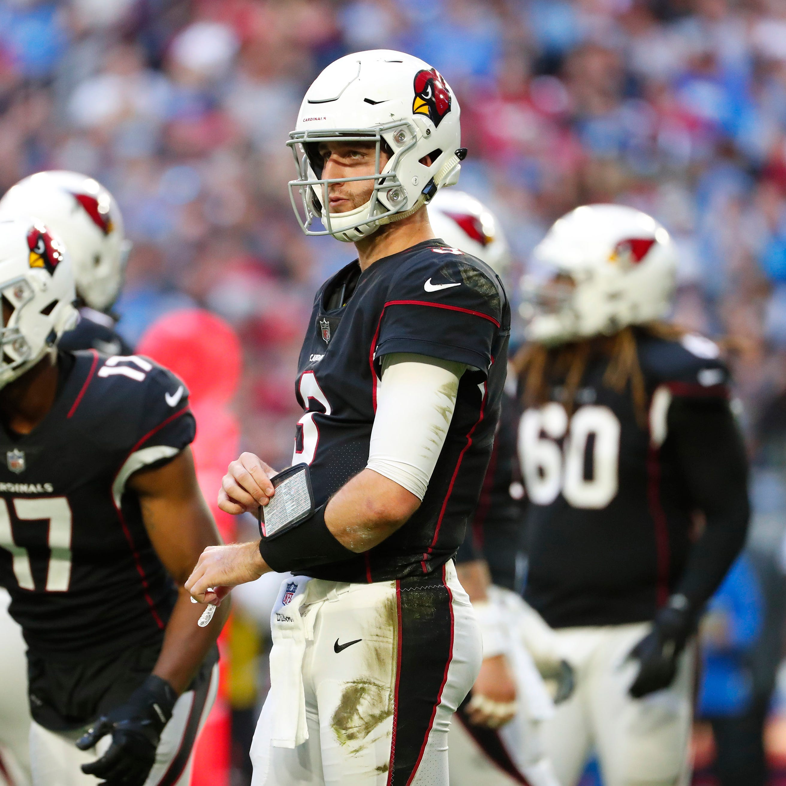 What must Josh Rosen must be thinking as hype swirls around Kyler Murray and the Cardinals?