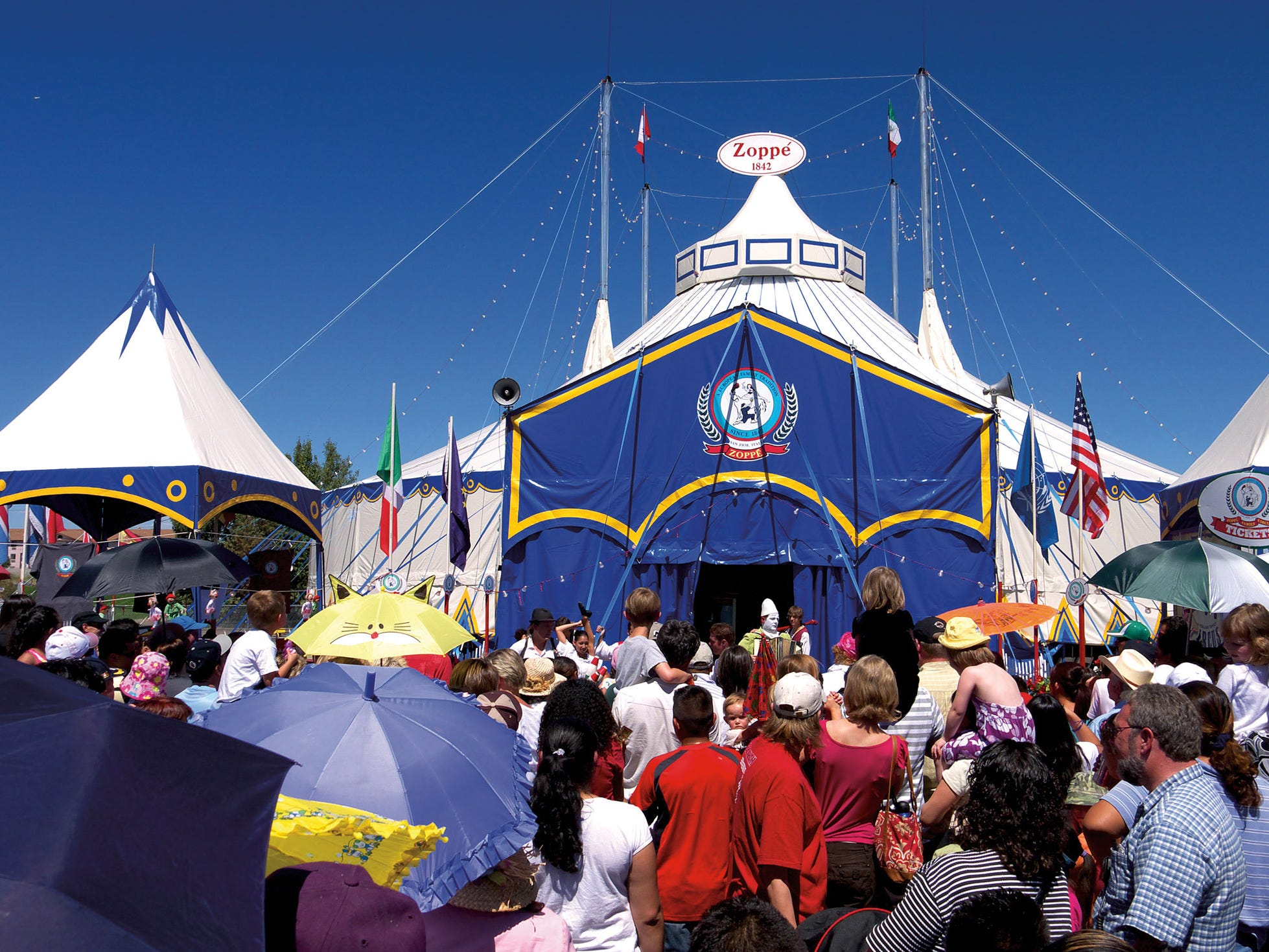 Zoppe: An Italian Family Circus offers a traditional, European-style circus.