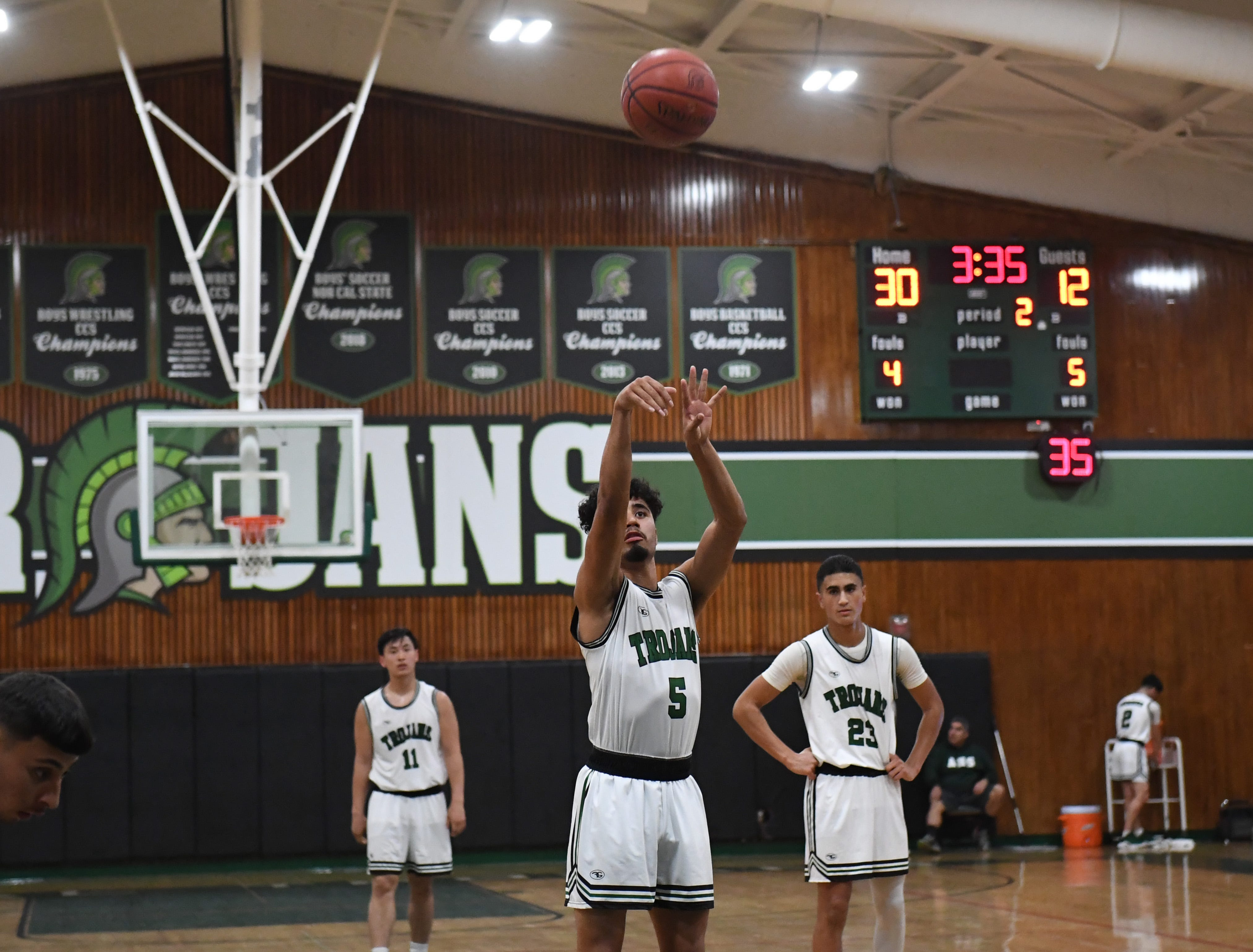 Alisal forward Israel Corona (5) knocks down a free throw after getting fouled.