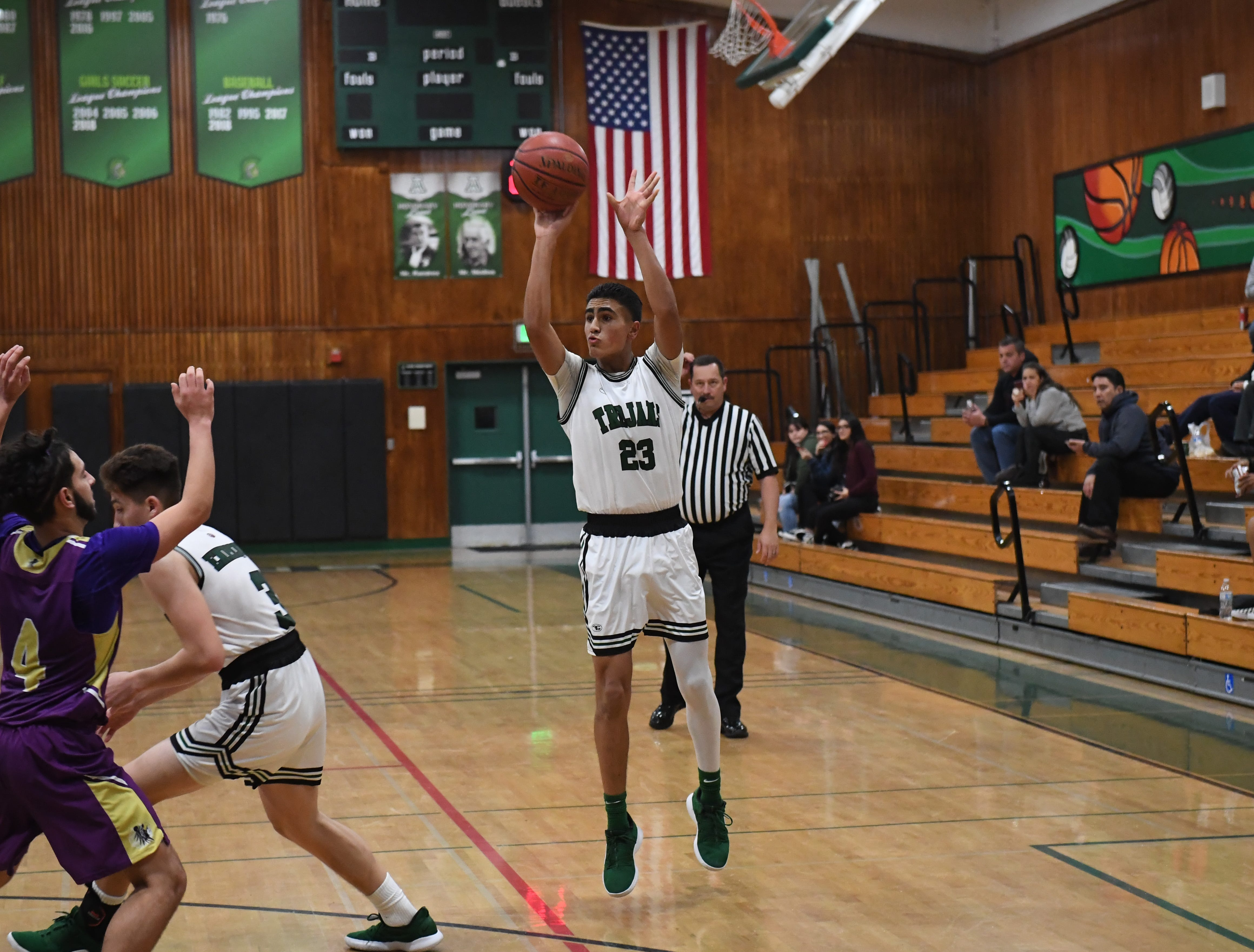 Alisal guard Josue Gil-Silva (23) hits another 3-point shot in the third quarter.
