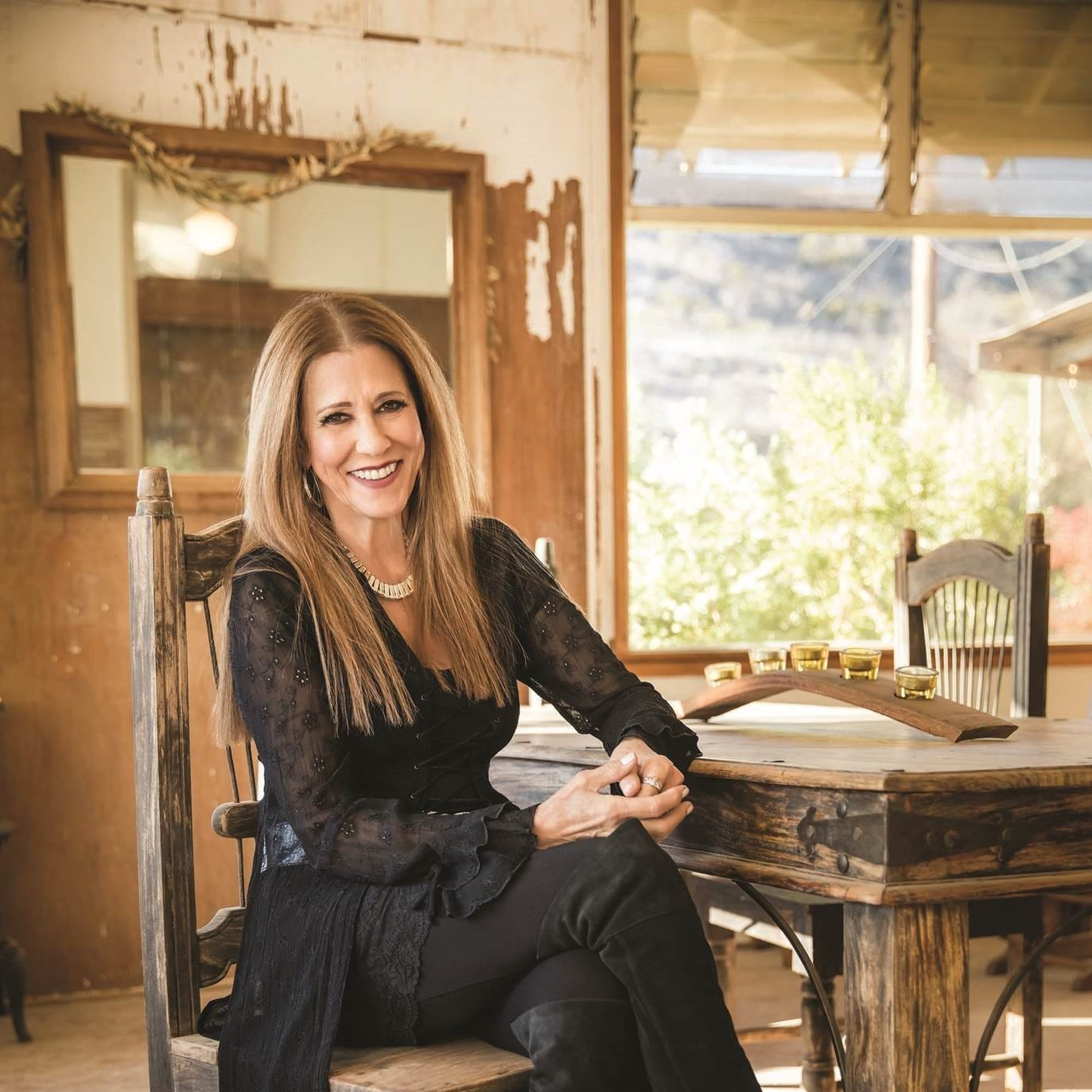 Rita Coolidge is finally home, happy and off to The Moon