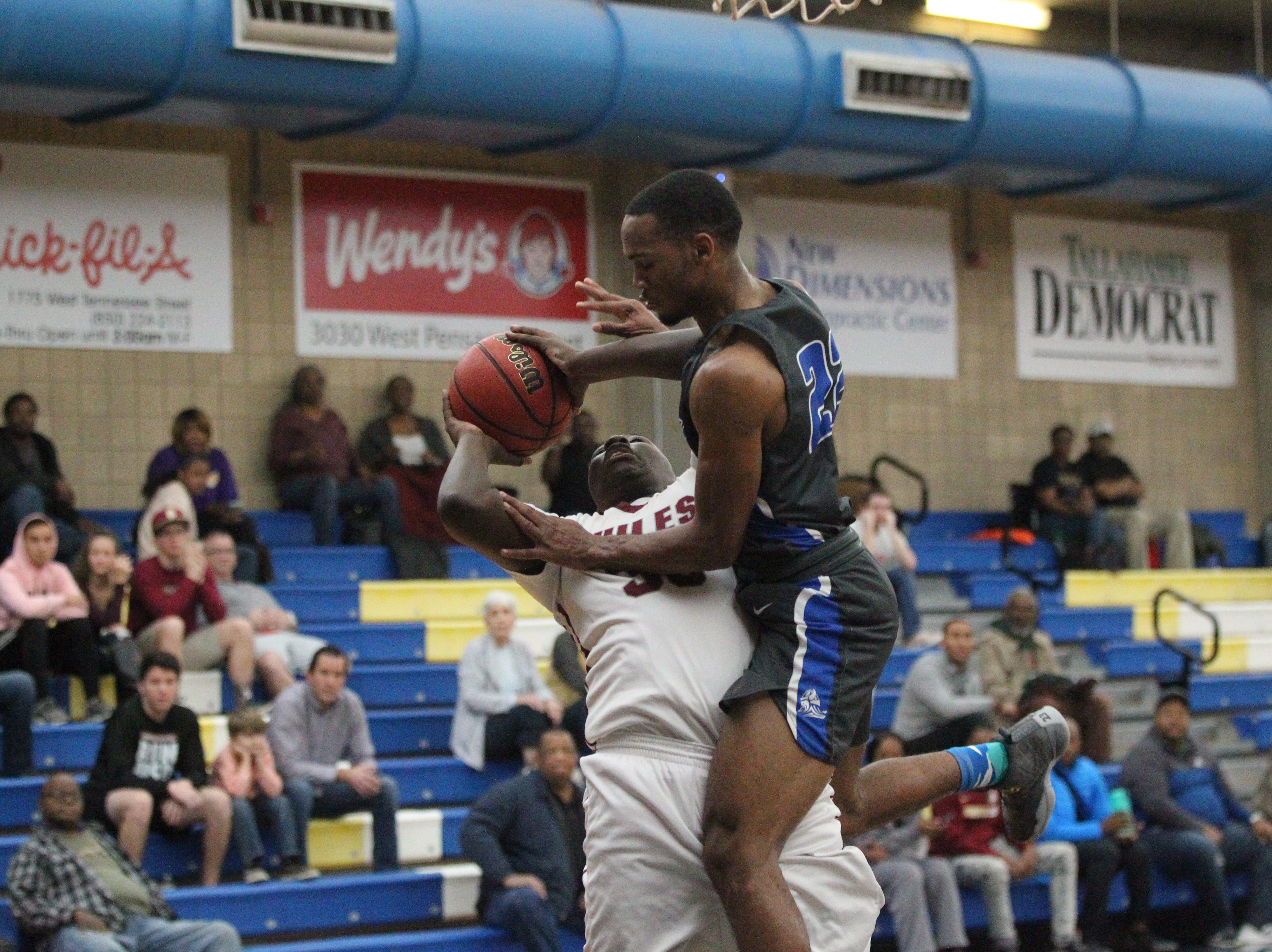 Maclay and Chiles play during the 2018 Capital City Holiday Classic at TCC.