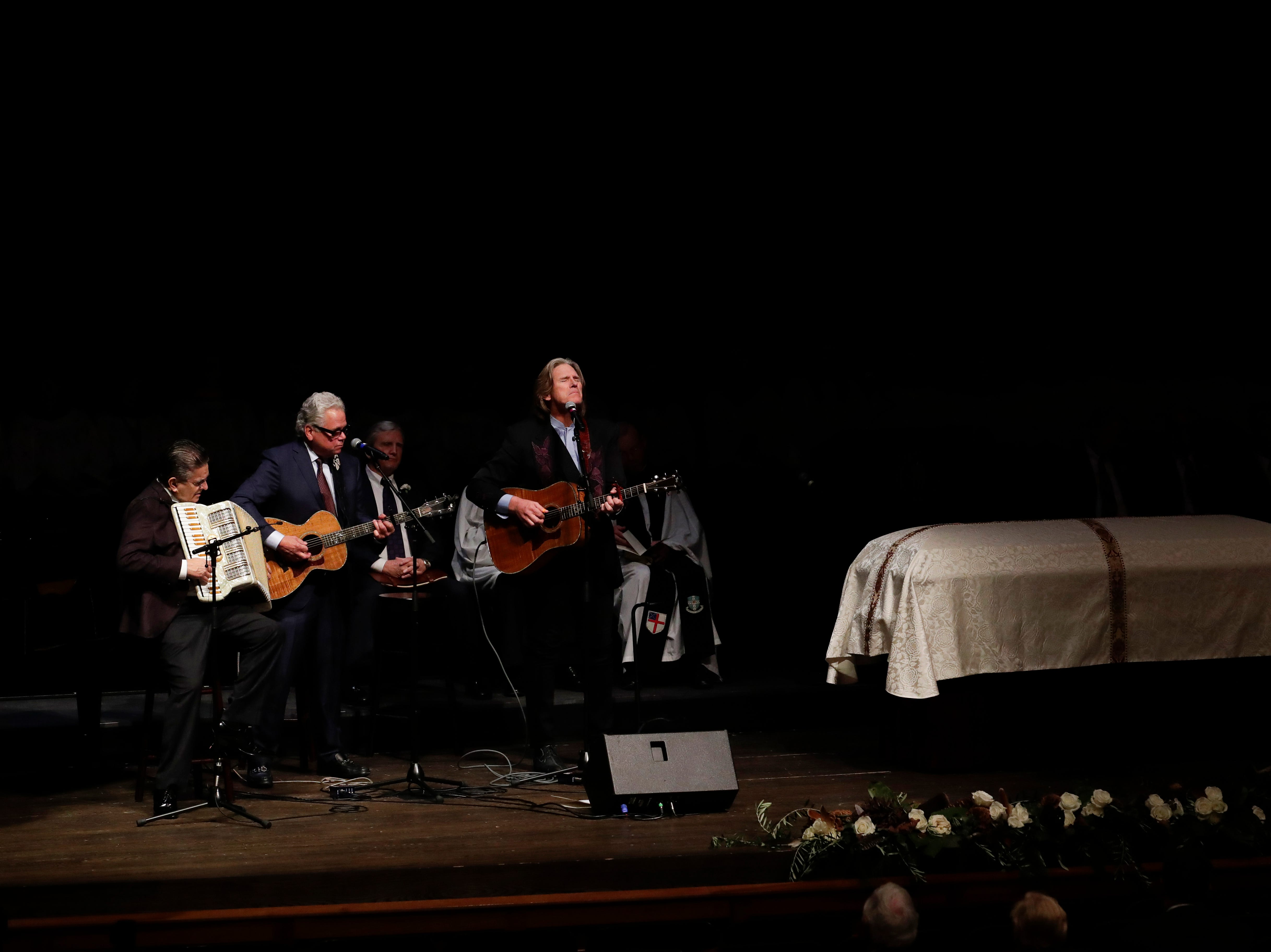 "Marvin Goldstein, Jeff Gargiulo and Billy Dean perform ""If There Hadn't Been You Lord"" during a funeral service for Florida State University President Emeritus T.K. Wetherell held at Ruby Diamond Concert Hall Friday, Dec. 21, 2018."