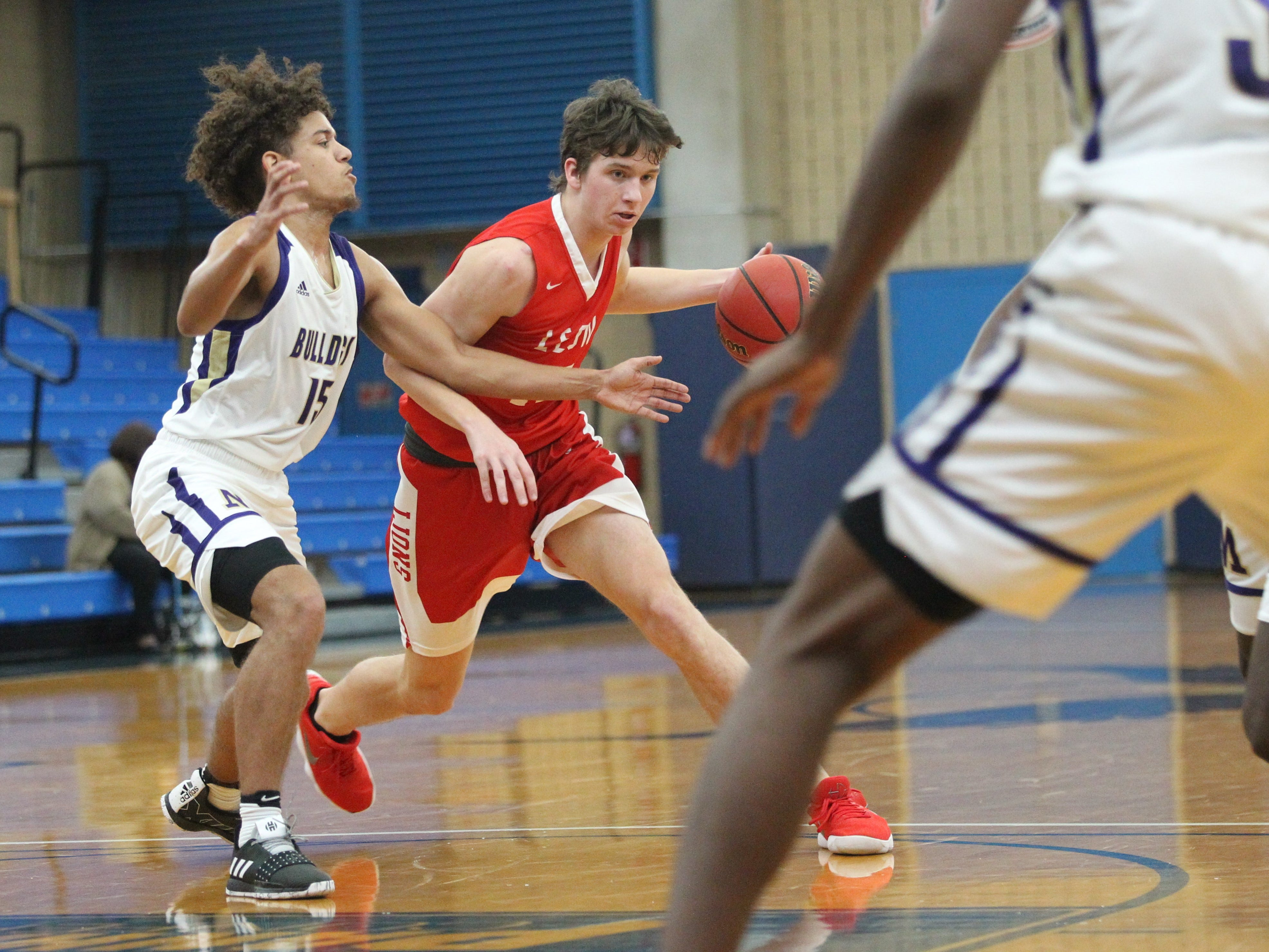 Leon plays Marianna in the 2018 Capital City Holiday Classic at TCC.
