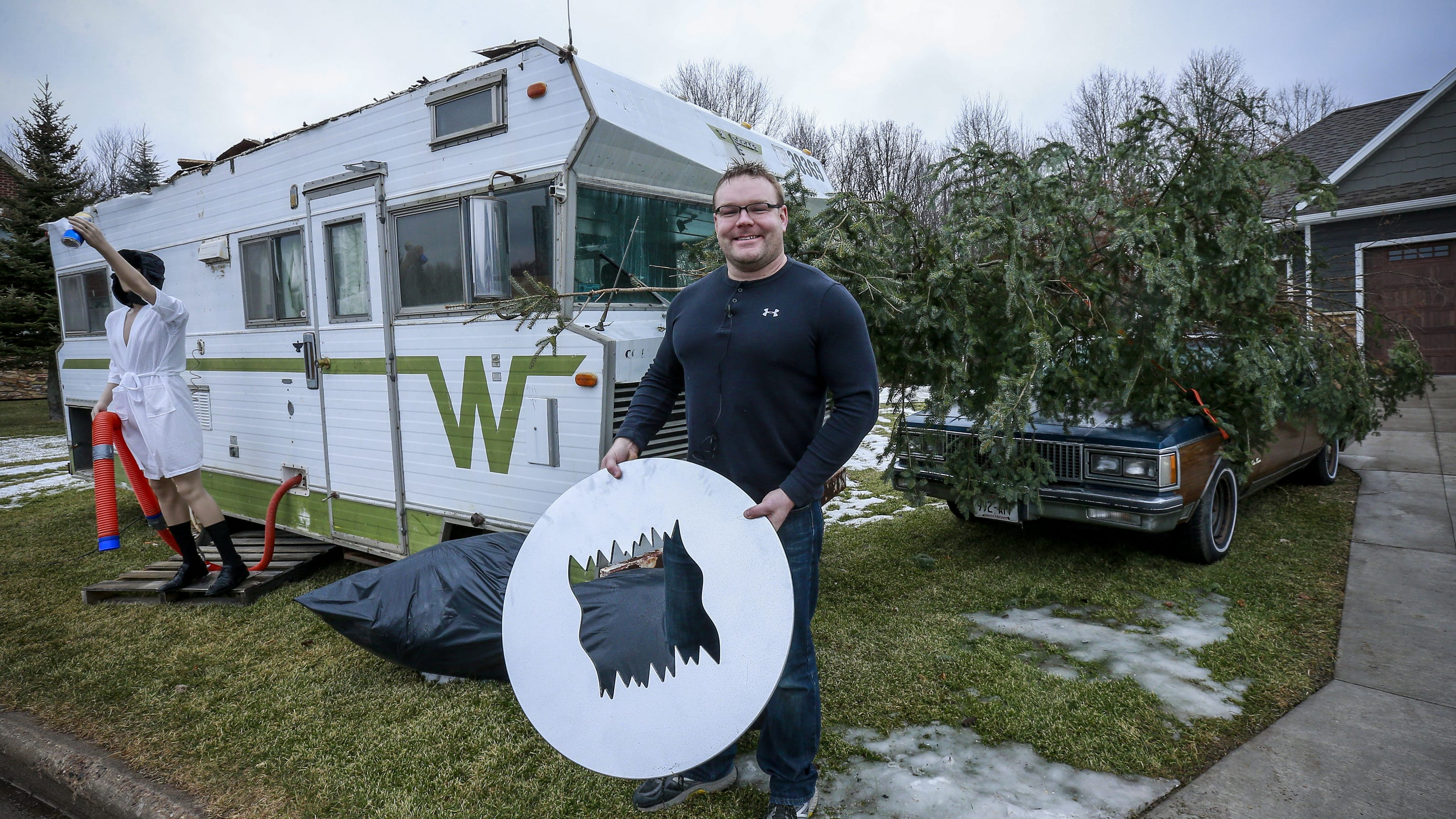 'Christmas Vacation' in Weston, NASCAR champ, Packers coach: Wisconsin loved these stories