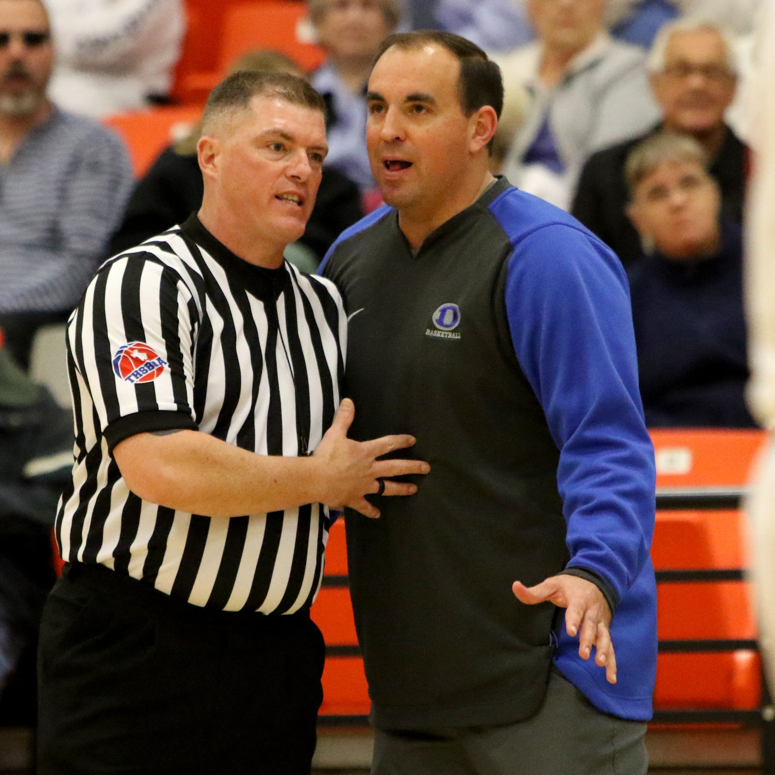 Coffman's coaching roots have helped him lead Decatur to UIL state basketball tournament
