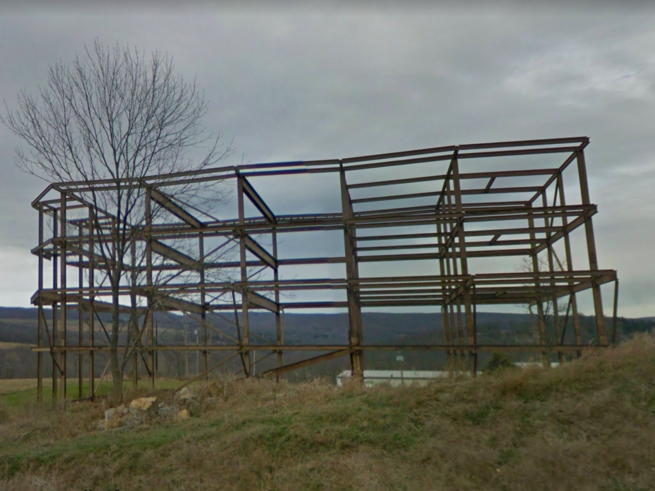 Maryland: In the 1970s, Pastor Richard Green began building a replica of Noah's Ark off of I-68 in Frostburg. It was never completed, but the structure is now a popular roadside attraction.
