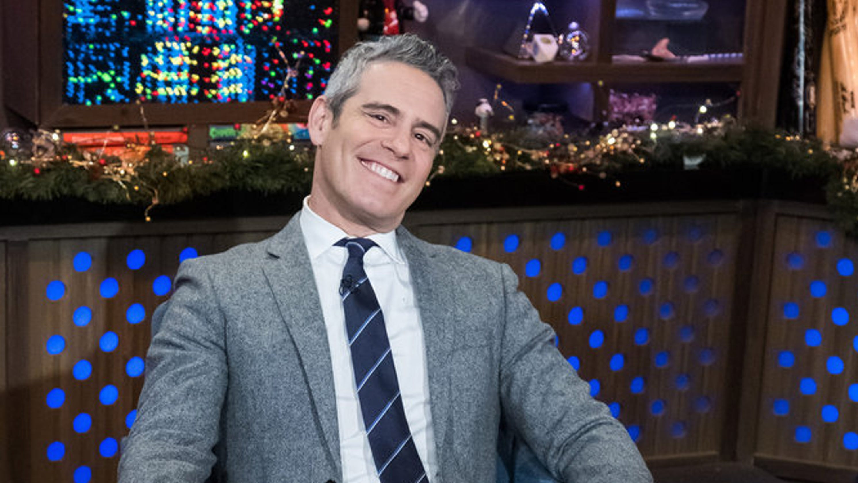 Andy Cohen Reveals On Cnn New Year S Special He S Having A Boy