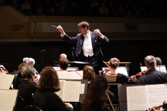 Darko Butorac conducts the Asheville Symphony Orchestra.