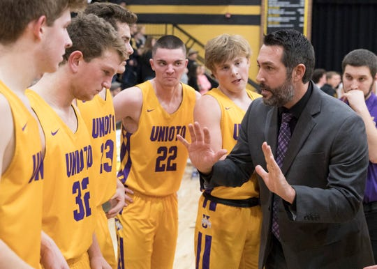 Unioto has a young roster with a lot of potential after ruling the league the last five seasons.