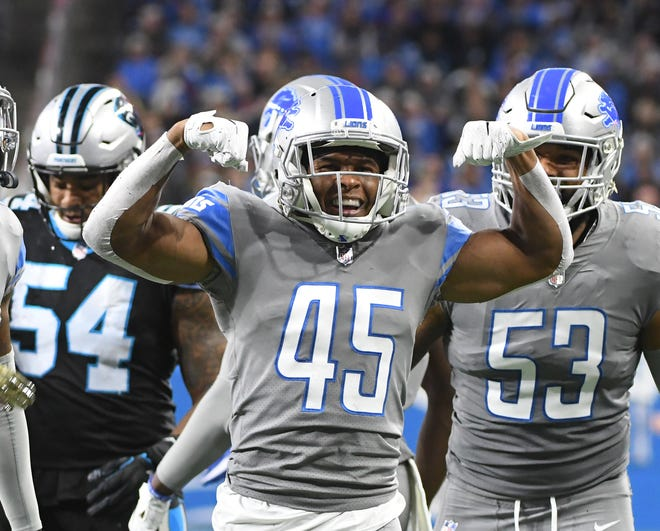 The Lions placed safety Charles Washington (45), center, and wide receiver Bruce Ellington on injured reserve. Both players have been dealing with hamstring injuries.