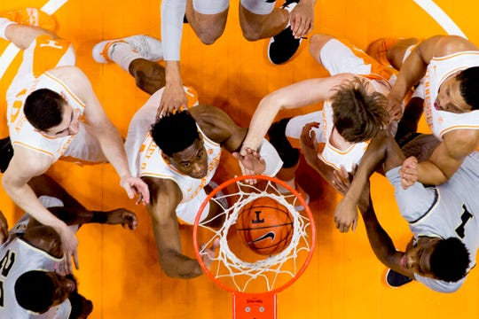 Players eye a point during a game between Tennessee and Wake Forest at Thompson-Boling Arena in Knoxville, Tennessee on Saturday, December 22, 2018.