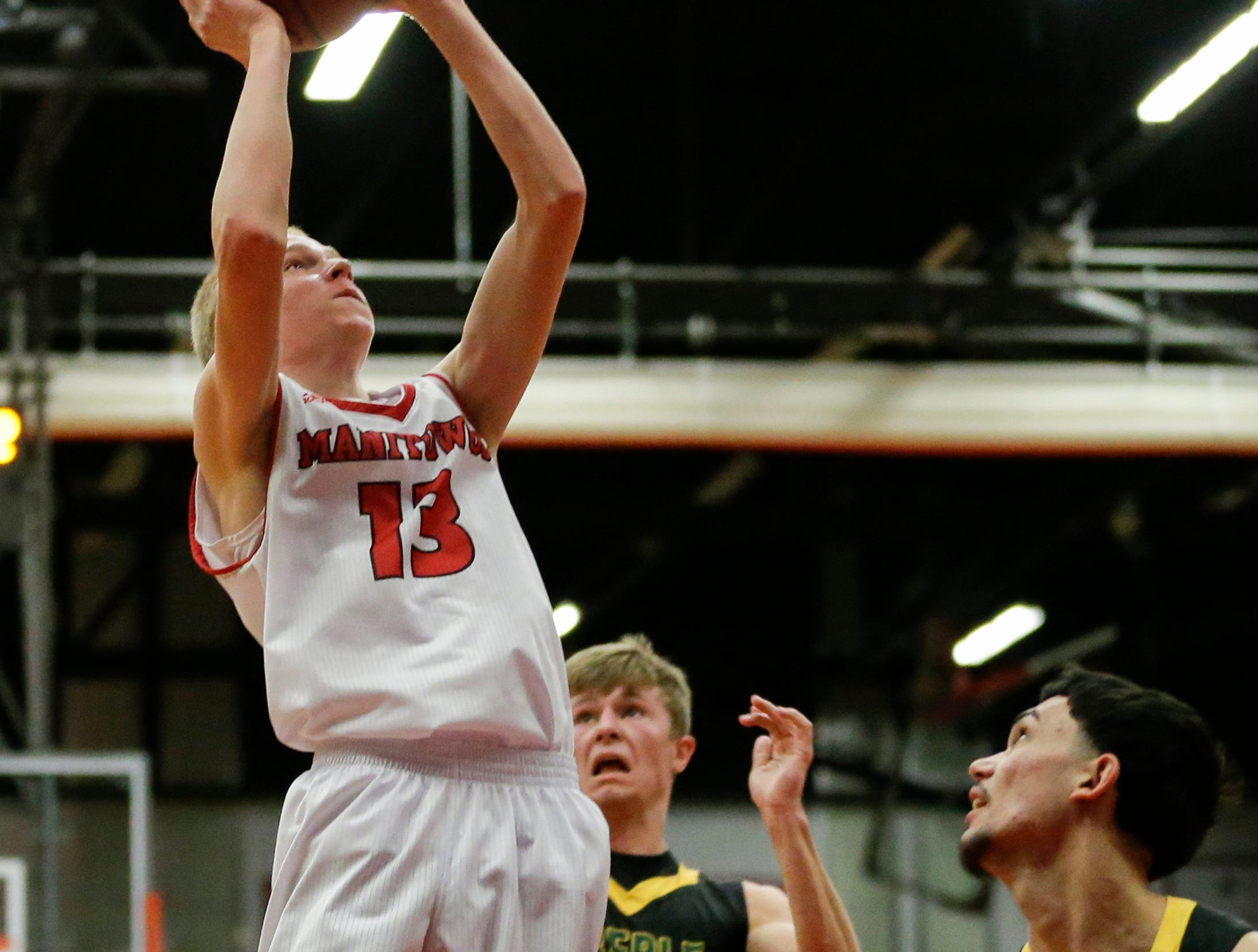 Manitowoc Lincoln's Sam Jacobson shoots against Green Bay Preble during boys FRCC basketball at Manitowoc Lincoln High School Friday, December 21, 2018, in Manitowoc, Wis. Joshua Clark/USA TODAY NETWORK-Wisconsin
