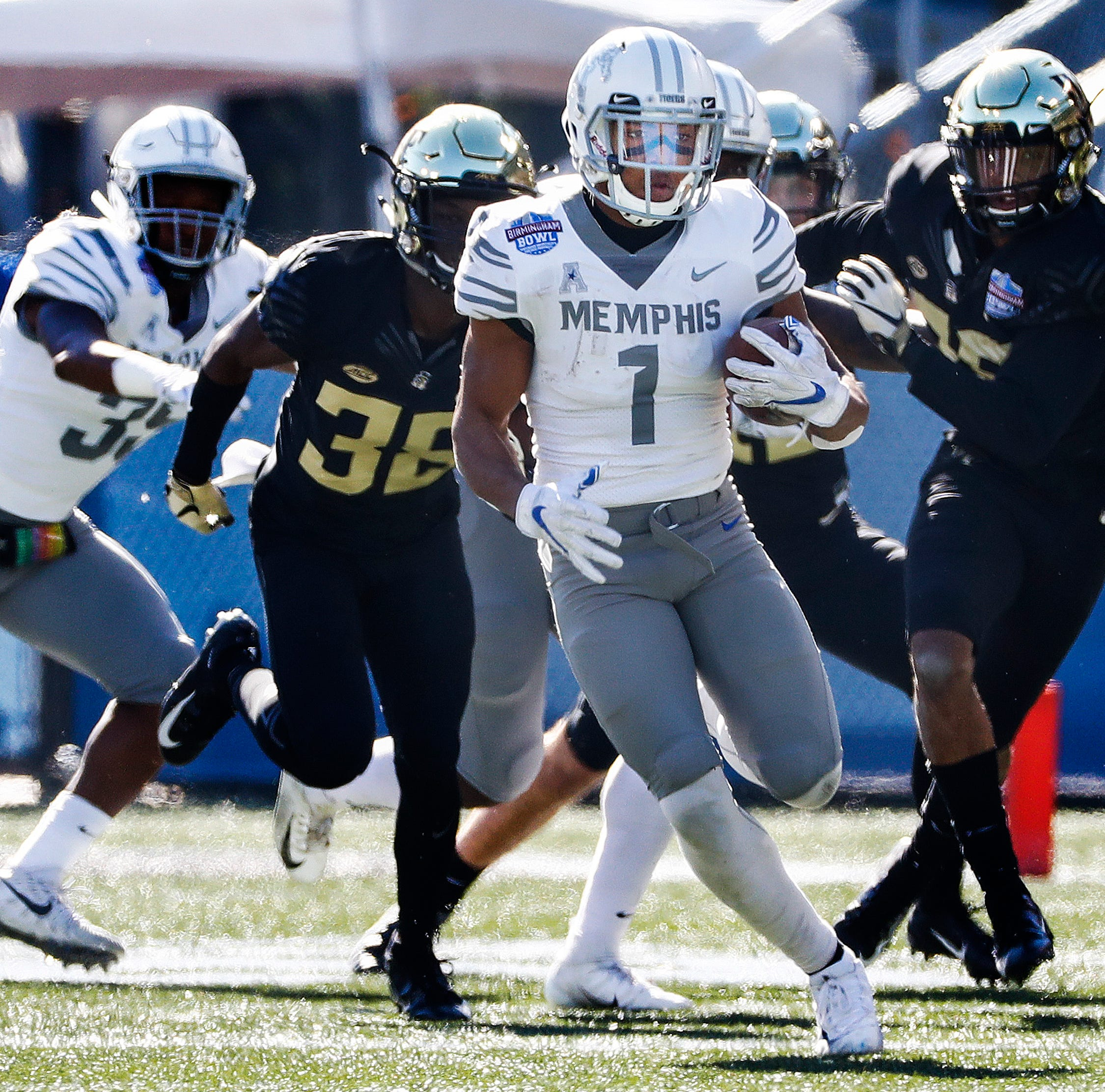 Dallas Cowboys select Memphis' Tony Pollard in fourth round of NFL Draft