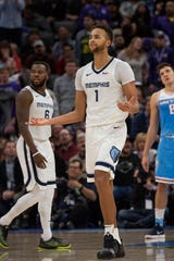 Memphis Grizzlies forward Kyle Anderson (1) reacts during the final seconds of an NBA basketball game against against the Sacramento Kings in Sacramento, Calif., Friday, Dec. 21, 2018. The Kings won 102-99. (AP Photo/Randall Benton)